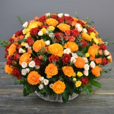 Цветы в корзине Благодарение