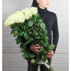 Букет 25 белых роз 90 см.