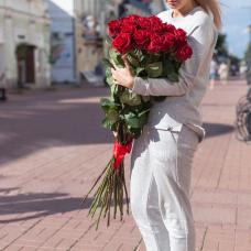Букет 25 красных роз 90 см.
