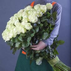 Букет 51 белая роза 80 см.