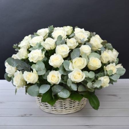 Цветы в корзине Райский куст