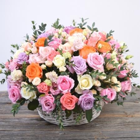 Цветы в корзине Любящее сердце