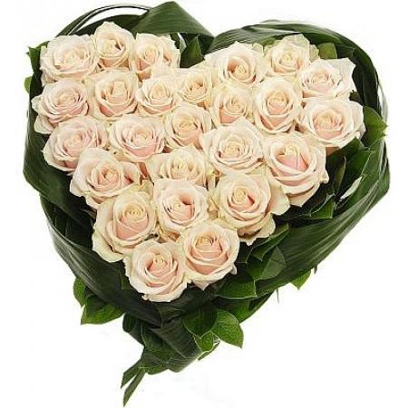 Сердце из цветов Оберег любви