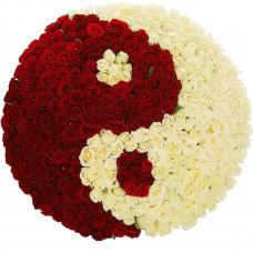 """Композиция """"Ты и Я"""" (333 розы)"""